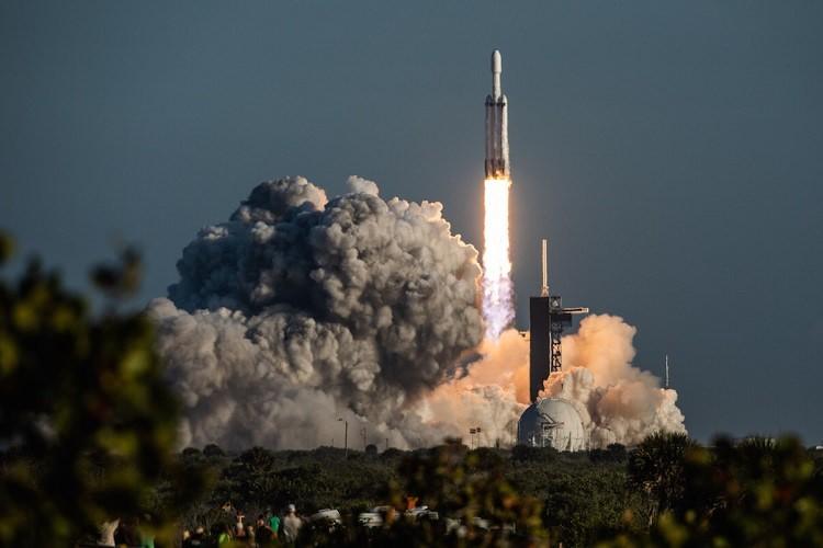 Falcon Heavy / فالکون هوی